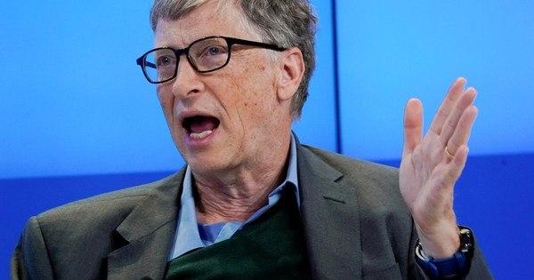 Bill Gates se diz surpreso com conspirações 'loucas' na pandemia