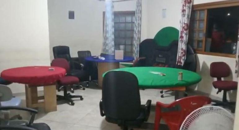 Em meio à pandemia, Polícia Militar fecha bingo clandestino na zona leste de SP