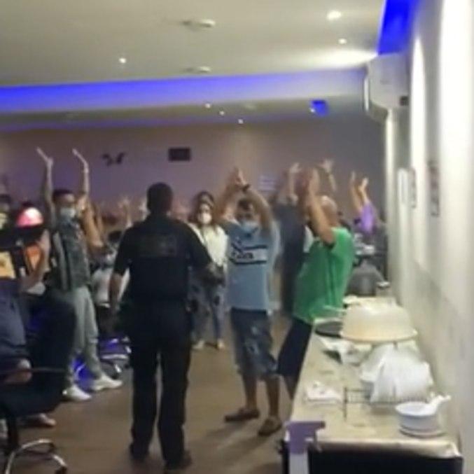 Policiais descobrem funcionamento de bingo em Santa Cecília, no centro de SP