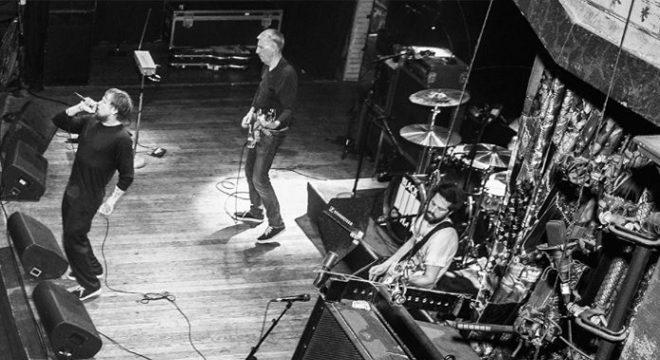 O Black Flag está chegando ao Brasil e conversamos com o vocalista Mike Vallely
