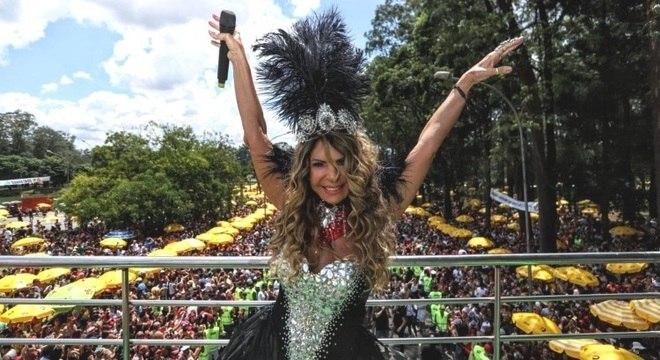 Elba Ramalho é um dos destaques do Carnaval paulistano