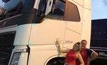 O marido, Luiz Abreu, com quem é casada há mais de 20 anos, também é caminhoneiro profissional
