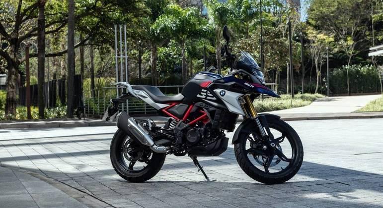 Motocicleta está disponível nas cores branca, GS 40 Anos e Rallye
