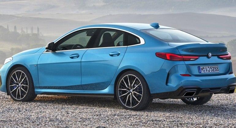 Carro tem  freios ABS, controle de estabilidade e tração e seis airbags