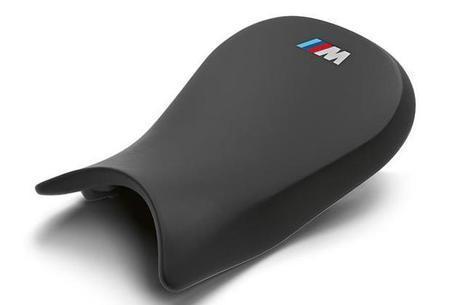 Banco com nova textura proporcionando mais aderência na pilotagem esportiva