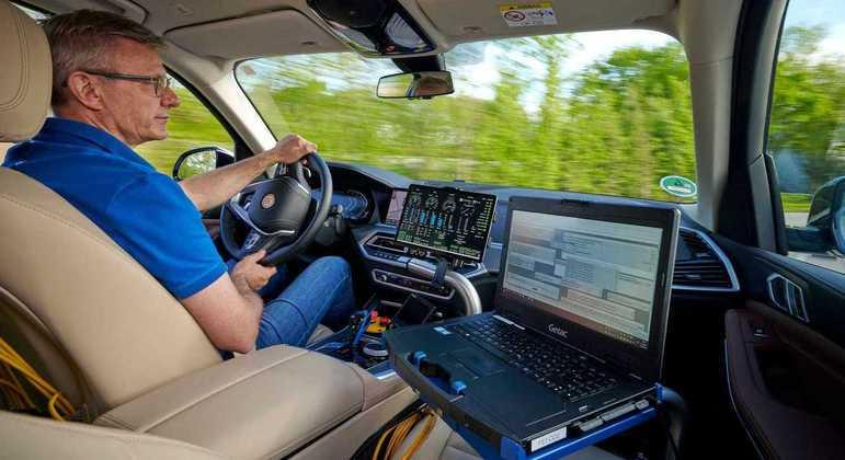 Protótipo também vem equipado com a tecnologia BMW eDrive de quinta geração