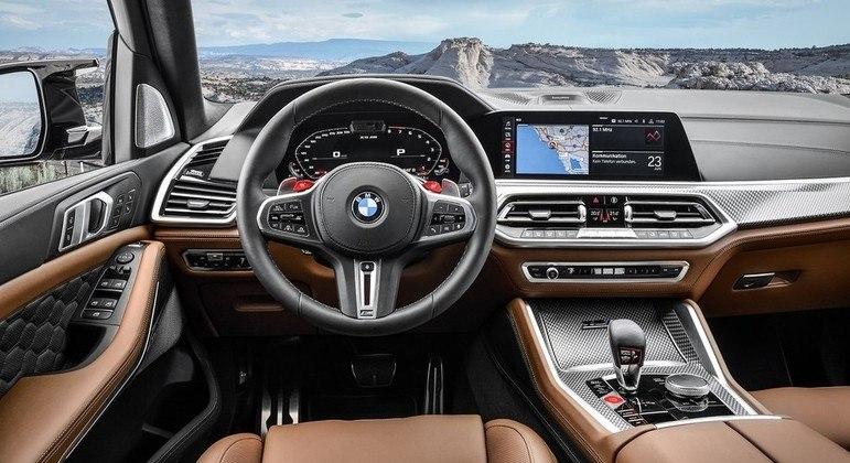 Modelo conta com sistema BMW ConnectedDrive