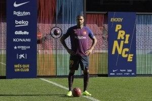 Boateng é apresentado no Barcelona   Achei que era um sonho  - Lance ... 4ace25f154b8d