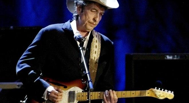 Pandemia paralisou o mundo dias antes do lançamento do novo álbum de Dylan