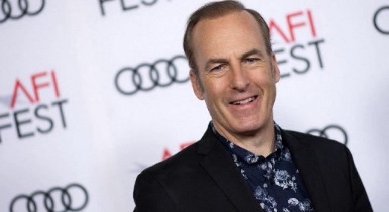 Bob Odenkirk é internado após desmaiar em gravação de série