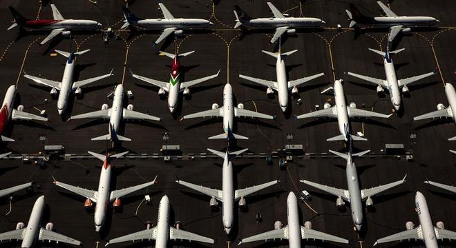 Boeing anunciou retomada da fabricação do 737 MAX, que ainda não pode voar