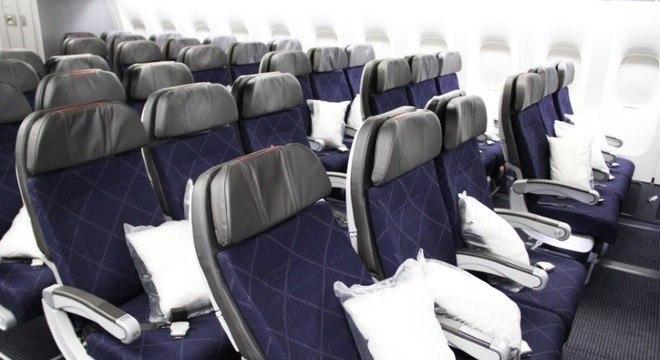 Boeing 777-200 Retrofit da American Airlines.