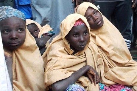Em fevereiro, mais de cem meninas foram sequestradas