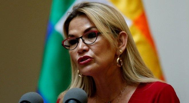 """Áñez afirmou que esta etapa é de """"maiores sacrifícios"""" para evitar a disseminação"""