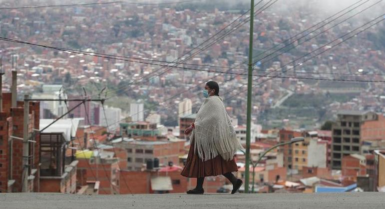 Bolívia manterá a fronteira com o Brasil fechada até 16 de abril