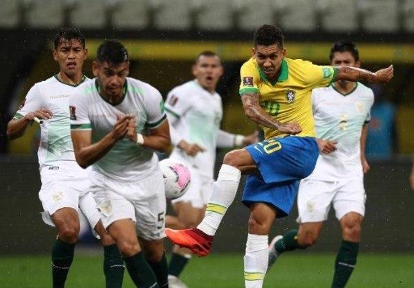 Bolívia - Sobe: Evitaram ao máximo que Neymar jogasse o seu jogo, porém foi difícil para-lo./ Desce: Seleção boliviana deixou de jogar no segundo tempo e deixou o Brasil fazer o que queria no ataque. Com o passar do tempo, mais espaço os jogadores do Brasil tinham para trabalhar a bola.