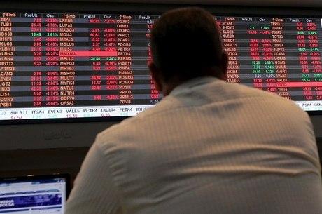 Investidores realizaram lucros nesta segunda-feira