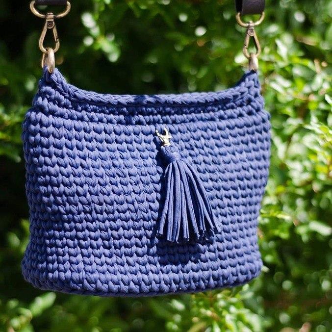 Uma das bolsas feitas por Camila e vendidas na Passiflora