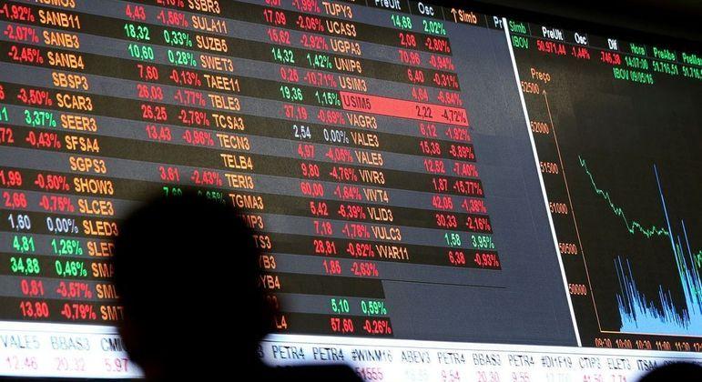 A bolsa de valores caiu nesta quinta-feira (26) após dois dias seguidos de alta
