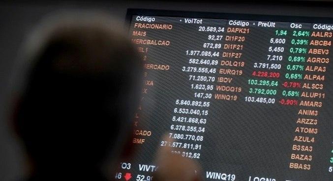 Bolsa paulista abre com viés positivo nesta terça-feira (19)