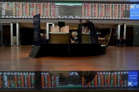 Bolsa fechou em alta na terça-feira (24)