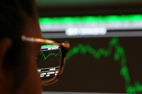 Pesquisa mostra que 34,33% investiram em ações