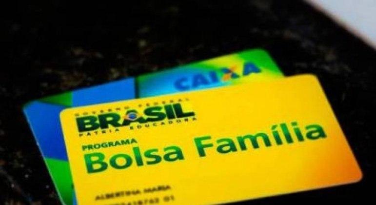 Cadastro desatualizado pode resultar no fim do pagamento do benefício para a família