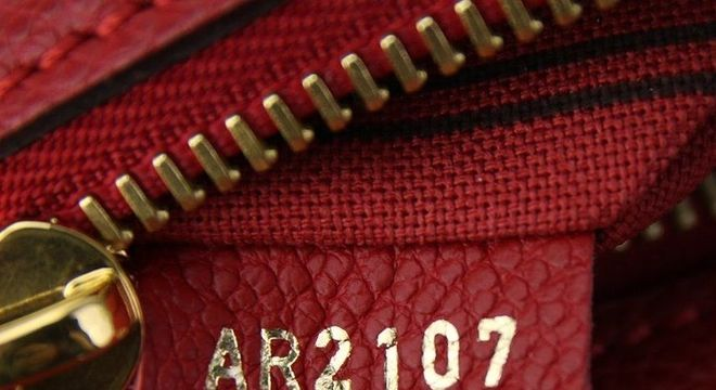 Bolsa original - etiqueta de autenticidade