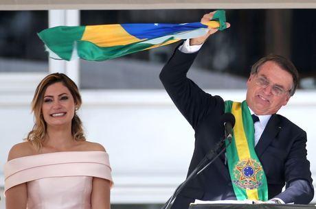 Bolsonaro é oficialmente presidente do Brasil