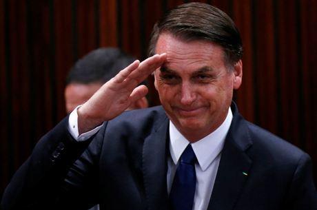 Bolsonaro diz que nenhum direito será retirado