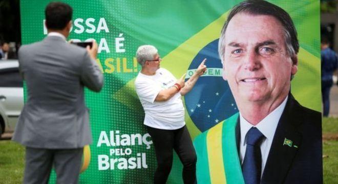 Bolsonaro precisa coletar 491.967 assinaturas para criar o Aliança pelo Brasil
