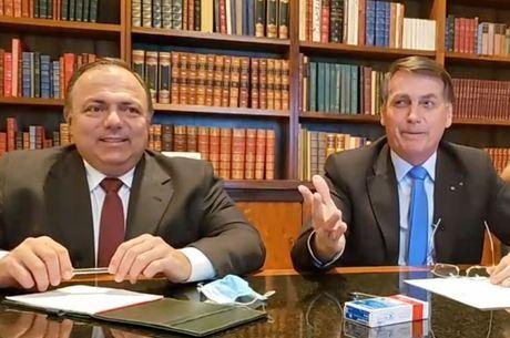 Pazuello participou da live semanal de Bolsonaro