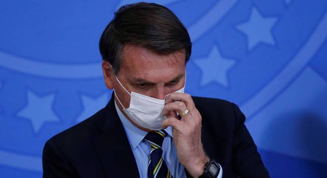 Ministros testaram negativo após disgnóstico positivo do presidente nesta terça (7)