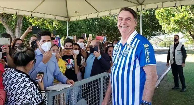Em Brasília, Bolsonaro confirma que deve indicar evangélico para vaga no STF
