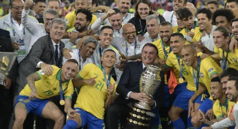 Bolsonaro foi na final da Copa América em 2019. A resposta para esta final, até agora, é não