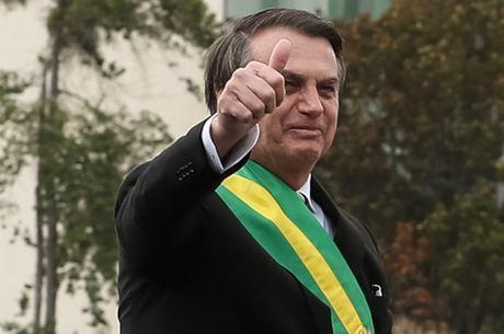 """""""Obrigado Deus pela minha vida"""", agradeceu Bolsonaro"""