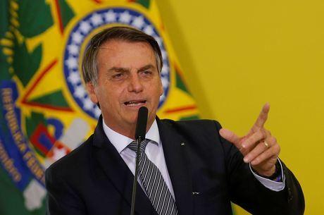 Bolsonaro: aumento de impostos está fora da reforma