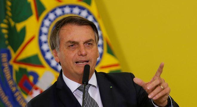 Ibaneis: Bolsonaro assinou reajuste de 8% às forças de segurança do DF