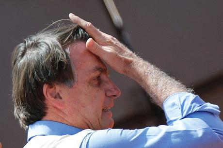 Bolsonaro apresentou laudo para negar contaminação
