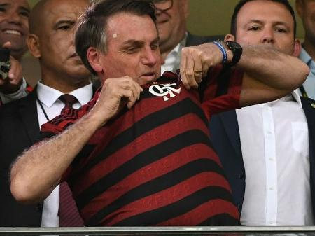 Bolsonaro e Flamengo conseguiram. Futebol estará de volta quinta-feira -  Prisma - R7 Cosme Rímoli