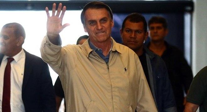 Bolsonaro (PSL) cogita Marcos Pontes para ciência e tecnologia