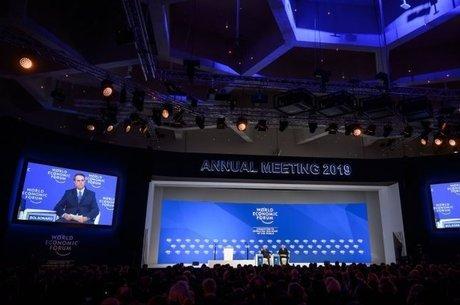 O presidente mencionou os projetos de reforma da Previdência e as privatizações como formas de garantir estabilidade econômica ao Brasil