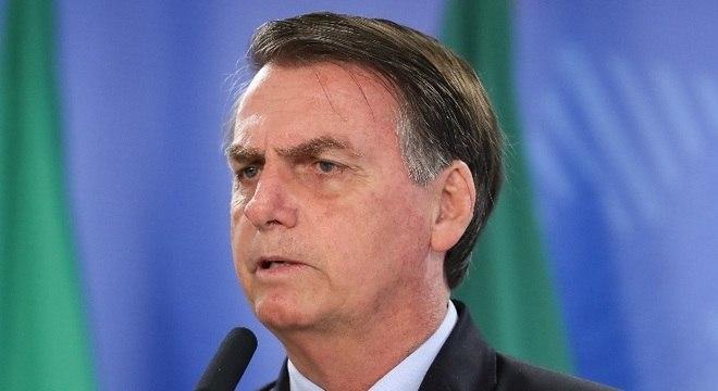 """""""Todos pedem, sem exceção"""", disse Bolsonaro sobre cargos em ministérios"""