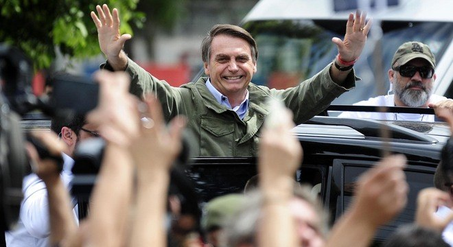 Bolsonaro conta com apoio da população