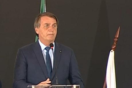 Bolsonaro acompanha formatura de agentes