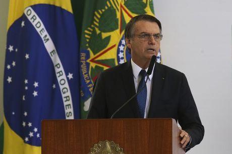 Bolsonaro não quis falar com repórteres neste domingo