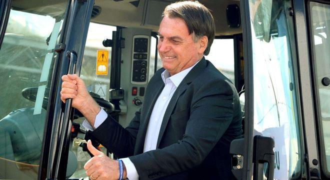 """Bolsonaro: estamos fazendo """"uma limpa no Ibama e no ICMBio"""""""