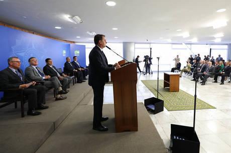 Bolsonaro sancionou pacote anticrime de Moro