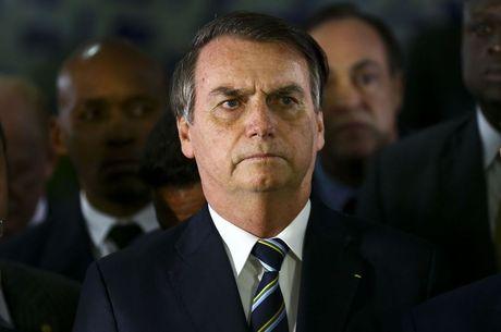 Bolsonarro sanciona lei de internação involuntária