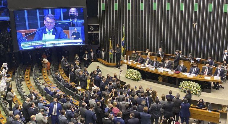 Bolsonaro pediu provação de reformas em mensagem ao Congresso Nacional